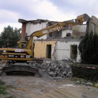 Zbýšov - demolice bytového domu